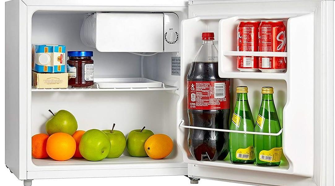 mini fridge whit freezer